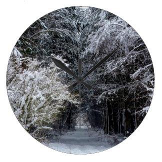 Snow landscape clock