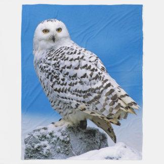 SNOW OWL FLEECE BLANKET