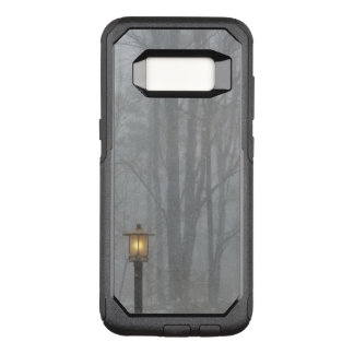 Snow Scene with Glowing Old Street Lamp OtterBox Commuter Samsung Galaxy S8 Case