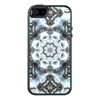 Snow Serenity Mandala OtterBox iPhone 5/5s/SE Case