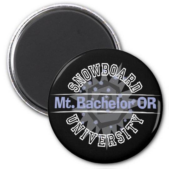 Snowboard University - Mt. Bachelor OR 6 Cm Round Magnet