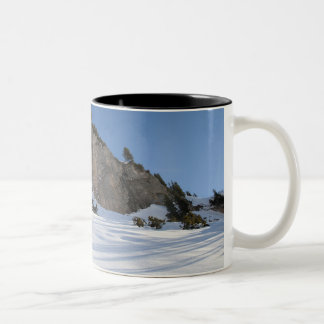 Snowboarder free riding Two-Tone coffee mug