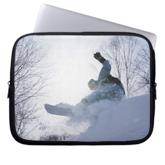Snowboarding 13 laptop sleeve