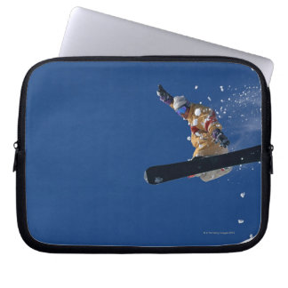 Snowboarding 14 laptop sleeve