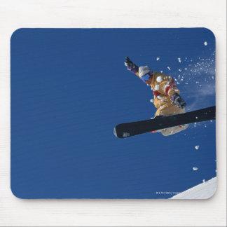 Snowboarding 14 mouse mat