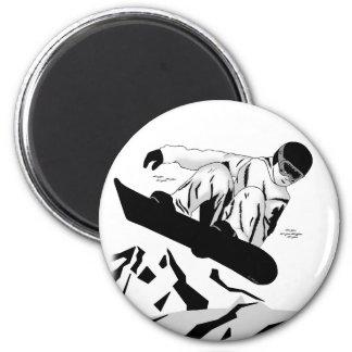 Snowboarding 5 6 cm round magnet