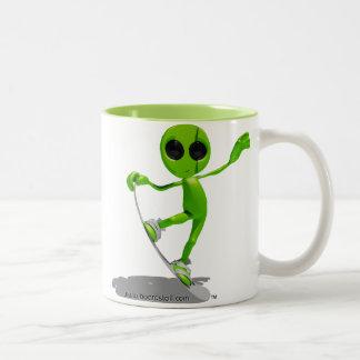 Snowboarding Green Alien Mug