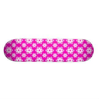 Snowflake 16 Pink Skateboard