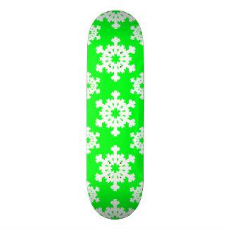 Snowflake 5 Green Skateboard