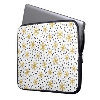 Snowflake Design Laptop Sleeve