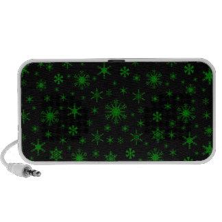 Snowflakes – Green on Black iPod Speaker