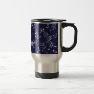 Snowflakes in the night sky travel mug