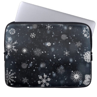 Snowflakes pattern illustration laptop sleeve