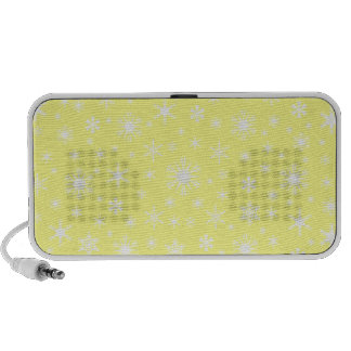 Snowflakes – White on Yellow Travelling Speakers