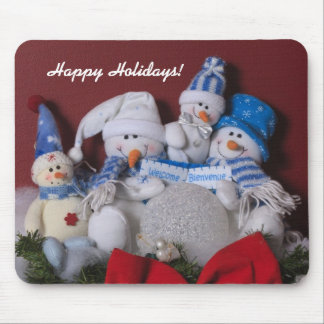 Snowman Family Christmas Wreath Mouse Mat