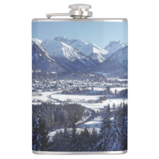 SNOWY MOUNTAINS HIP FLASK