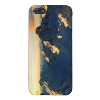 Snowy Mountains iPhone 5 Cover