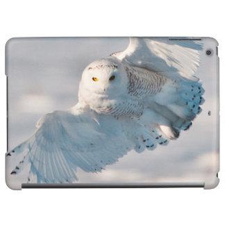 Snowy Owl landing on snow Case For iPad Air