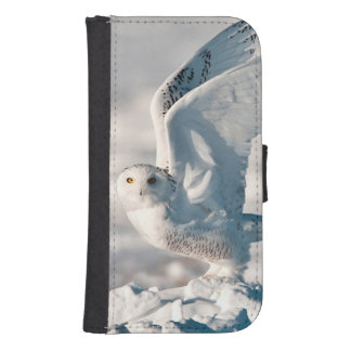 Snowy Owl taking off from snow Samsung S4 Wallet Case