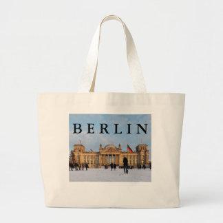 Snowy Reichstag_001.02.T.3 (Reichstag im Schnee) Large Tote Bag