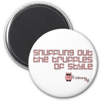 Snuffling Out The Truffles of Style 6 Cm Round Magnet