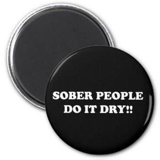 sober 6 cm round magnet