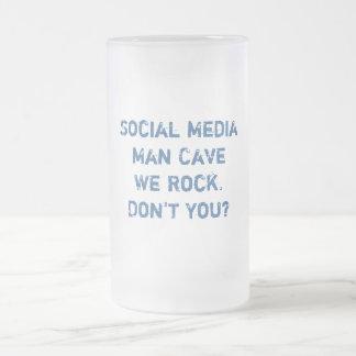 Social Media Man Cave Stein