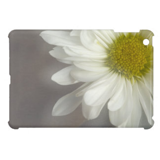Soft White Daisy iPad Mini Case