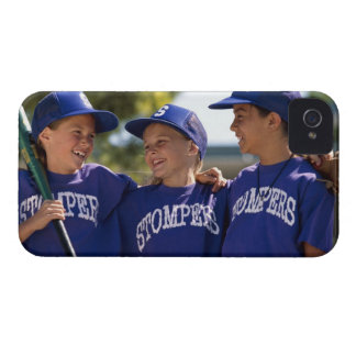 Softball teammates Case-Mate iPhone 4 cases