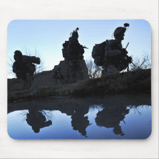 Soldier s Silhouette 19 Mousepads