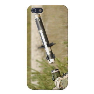 soldiers firing an FGM-148 Javelin iPhone 5/5S Cover