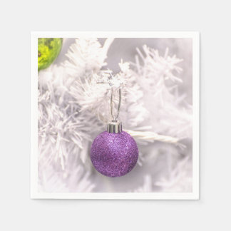 Solitary Purple Christmas Ball Disposable Serviette