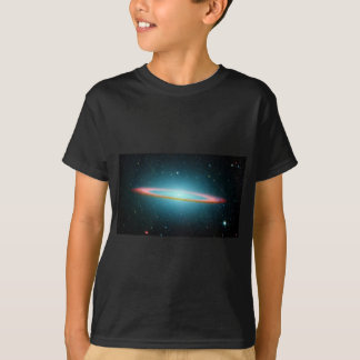 Sombrero spiral galaxy NGC 4594 T-Shirt