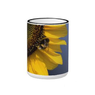 Sonnenblume mit Biene Tassen