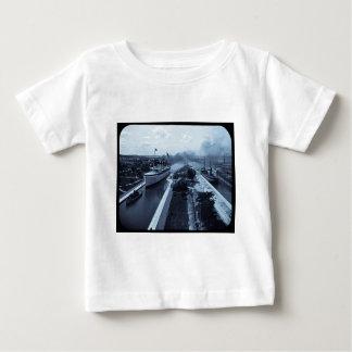 Soo Locks Magic Lantern Slide Cyan T-shirts