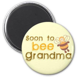 Soon to be Grandma 6 Cm Round Magnet