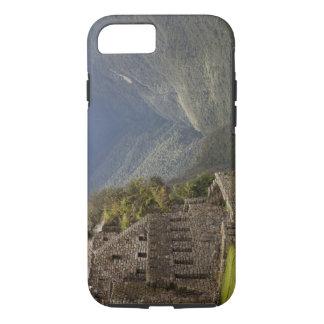 South America, Peru, Machu Picchu. Stone ruins iPhone 8/7 Case