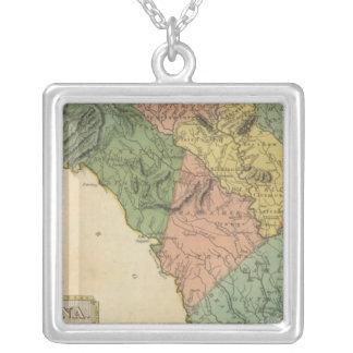 South Carolina 8 Silver Plated Necklace