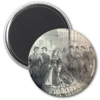 Southern belle, 1861 6 cm round magnet