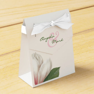 Southern Magnolia Flower Wedding | Pink and White Favour Box