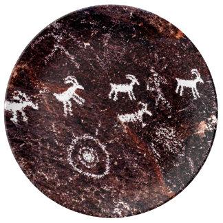 SOUTHWESTERN PETROGLYPH INDIAN ART ROCK PAINTING PORCELAIN PLATES