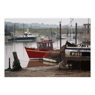 SOUTHWOLD FISHING BOAT 2 POSTER