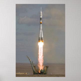 Soyuz TMA-13 Soyuz-FG Expedition 18 launch Poster