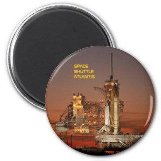 Space Shuttle Atlantis 6 Cm Round Magnet