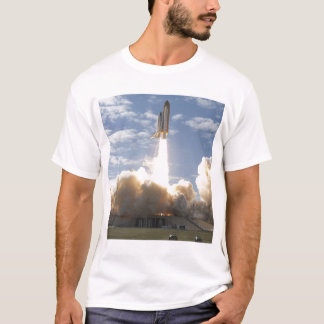 Space Shuttle Atlantis lifts off 10 T-Shirt