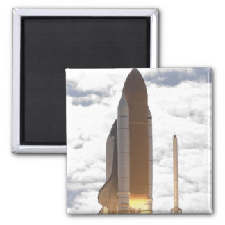 Space Shuttle Atlantis lifts off 16 Magnet