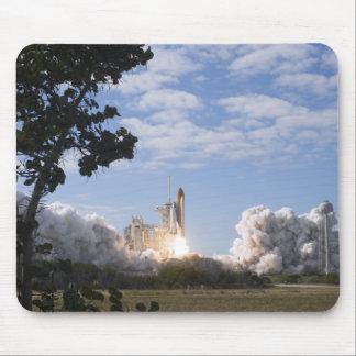 Space Shuttle Atlantis lifts off 18 Mouse Mat