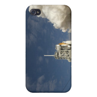 Space Shuttle Atlantis lifts off 20 Cover For iPhone 4