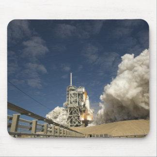 Space Shuttle Atlantis lifts off 20 Mouse Mat