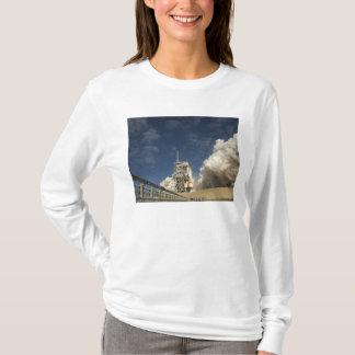 Space Shuttle Atlantis lifts off 20 T-Shirt